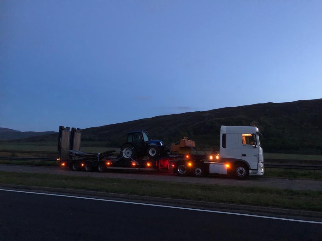 DAF low loader, part of the Hopcrofts Transport fleet